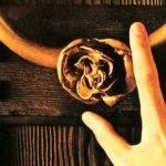 DE ZWARTE SCHIJF: KISS-MUSIC FROM 'THE ELDER'